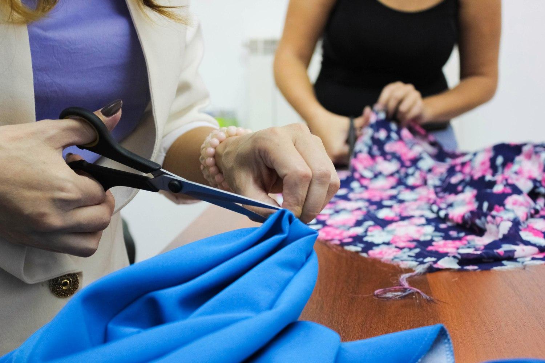 С чего учатся шитью
